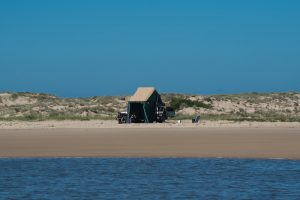 goolwa beach free camping
