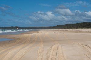beach driving yuraygir